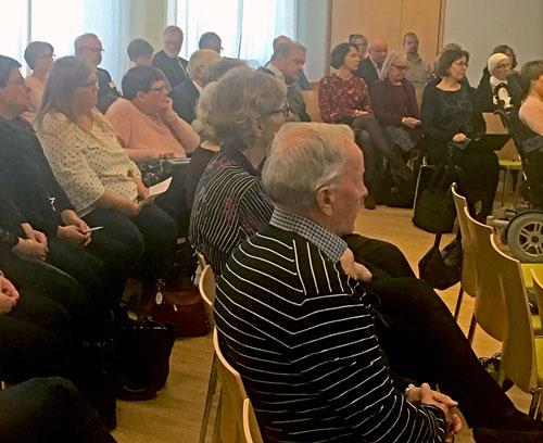 Kuva Kuopion juhlakiertueen yleisöstä