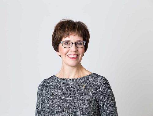 Invalidiliiton yhteiskuntasuhdejohtaja Laura Andersson