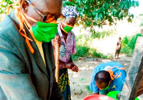 ZNAPDin jäseniä maskit kasvoilla Sambiassa. Kuvituskuva.